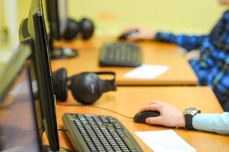 Әлемнің 11 елінде қазақ тілін оқытатын 31 онлайн сынып жұмысын бастайды