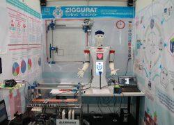 Талдықорғандық оқушылар робот-мұғалім құрастырды