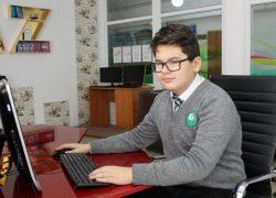 Павлодарда 7-сынып оқушысы бес тіл меңгерген